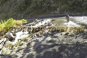 Amazing river crossing along the road to Machu Picchu