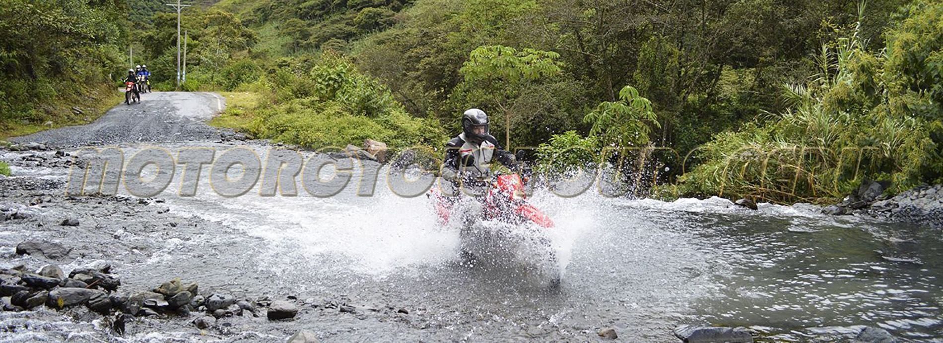 Andean People - moto Tours Peru